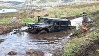 getlinkyoutube.com-HUMMER and UNIMOG Extreme OFFROAD 4X4 in Mont Tremblant 2014, Хаммер