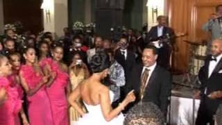 getlinkyoutube.com-Ethiopian wedding dance Etse's Wedding