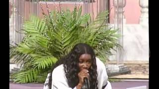 getlinkyoutube.com-The Heart Prophetess Juanita Bynum at CFFC