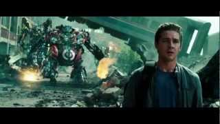 getlinkyoutube.com-Transformers 3: Dark of the Moon - Optimus Prime Returns
