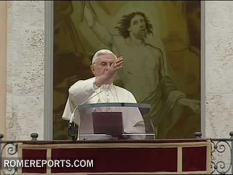 Angelus  Pope asks families to become small churches