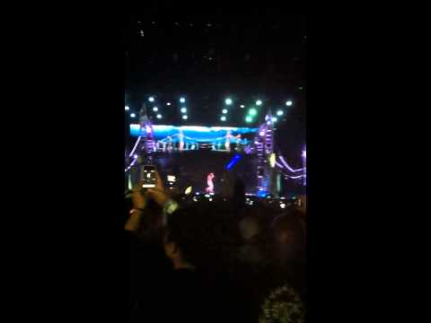 Dr Dre, Snoop Dogg & 2Pac Hologram - Live @ Coachella 2012