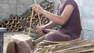 getlinkyoutube.com-Thai Home Business_Chopping Bamboo