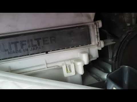 Как по менять салонный фильтр на тойота пассо 30 кузов