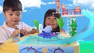 getlinkyoutube.com-プール の おもちゃ!! 水遊びしたよ❤ Playmobil Pool プレイモービル