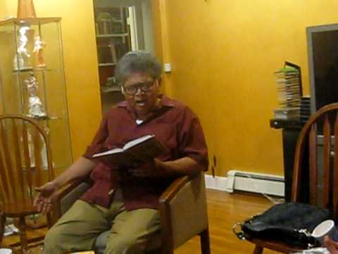 Sunil Ganguly recites Keu Kotha rakheni upon request at Sumita Basu's home in boston