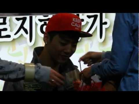B.A.P - Daejeon fansign BYG focus (1) 130330