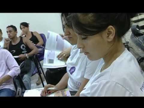 Curso de Manicure e Pedicure Profissional no Instituto Embelleze de Piracicaba
