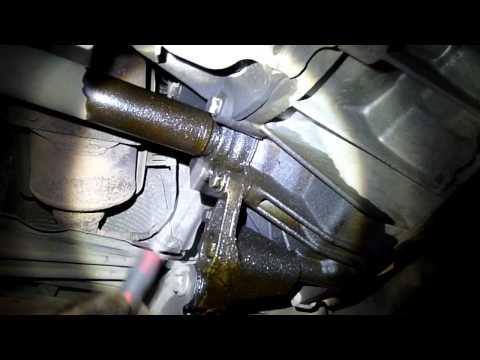 Где в Форд Bronco 2 топливный фильтр