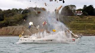 getlinkyoutube.com-Yachting Monthly's Crash Test Boat - Explosion!