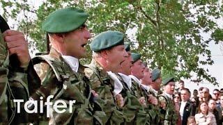 "getlinkyoutube.com-Όταν οι Καταδρομείς φώναξαν ""Μακεδονία ξακουστή"" μέσα στη Θεσσαλονίκη"