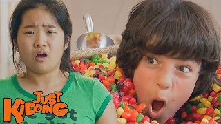 getlinkyoutube.com-Jumping in the Jellybeans
