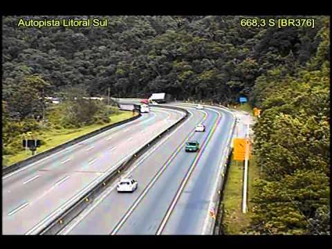 Acidente Caminhão Paraná X Santa Catarina -  Muita Cautela.  km 668,3 Sul