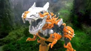 getlinkyoutube.com-Transformers Age of Extinction: Dinobot Charge stop motion