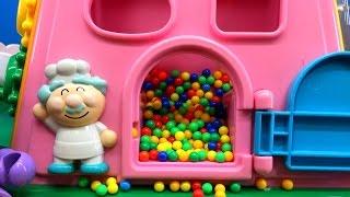 getlinkyoutube.com-アンパンマンおもちゃアニメ 大きなよくばりボックスであそぼう 何が出るかな?Anpanman Minitoys & Stopmotion Big Box