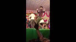 तुझे देख के दिल मेरा बोले मेरी दिल कि धड़कन बोले (Aata ulla kha)