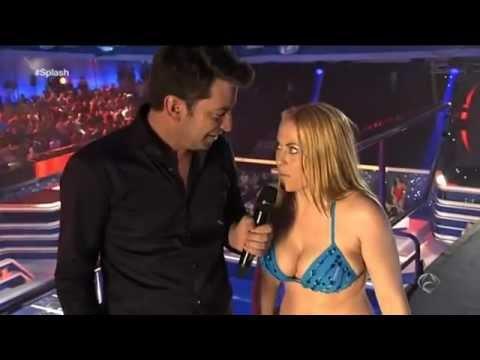 ANTENA 3 TV - Daniela Blume en Splash - hace un equilibrio mortal desde 7,5 metros
