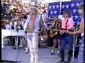 Jon Bon Jovi & Vince Neil - Smoking in the boys room (live)