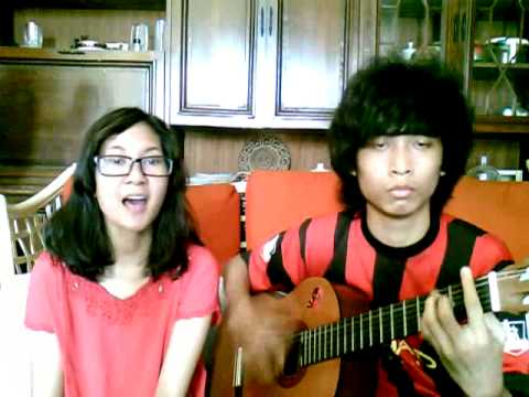 AKB48 Heavy Rotation (+JKT48) Accoustic Cover