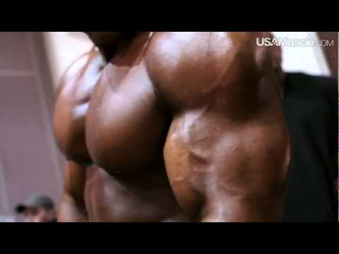 2012 NPC Junior Nationals Men's Bodybuilding Pump Room Part 3