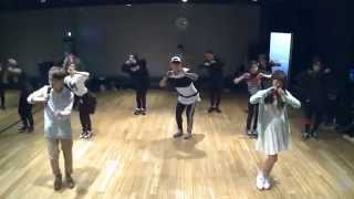 "getlinkyoutube.com-Akdong Musician (AKMU) - ""200%"" Dance Practice Ver. (Mirrored)"