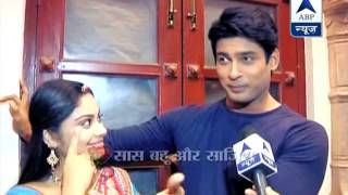 getlinkyoutube.com-Shiv gets a reason to hug Anandi