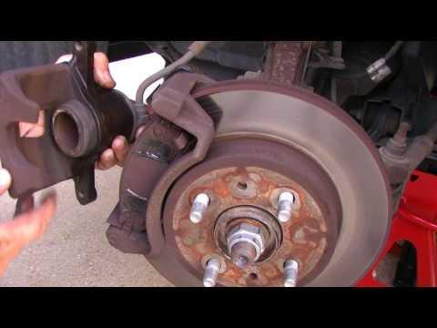 Front Brake Pad Replacement - 2002 Saturn SL Sedan