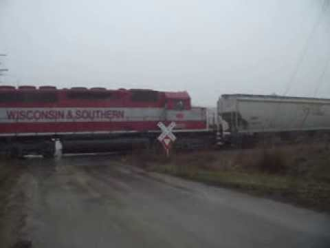 WSOR L355 East out of Monroe, Wi near Juda, WI w/ Ex-Burlington N 12/4/13