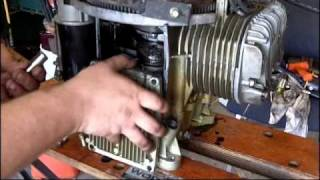getlinkyoutube.com-Briggs & Stratton 18.5hp opposed twin sump gasket replacement