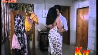getlinkyoutube.com-Sridevi Bathing And Hot With Kamala Hasan...-knshare.com