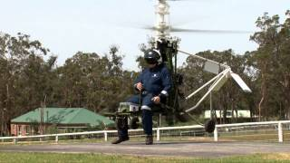 getlinkyoutube.com-CoaX Helicopters Demonstration Flight 001