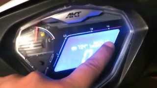 getlinkyoutube.com-Clase manejo de moto semiautomática akt flex 125