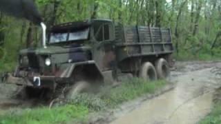 getlinkyoutube.com-M35A2 deuce in mud