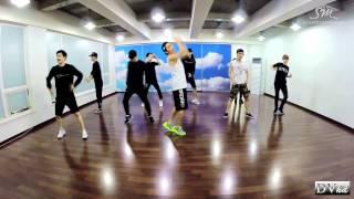 getlinkyoutube.com-EXO - Love Me Right (dance practice) DVhd
