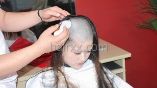 getlinkyoutube.com-hairxx #006 from long to bald makeover haircut
