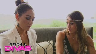 getlinkyoutube.com-Brie Bella thinks twice: Total Divas Bonus Clip: January 4, 2015
