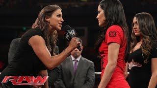 getlinkyoutube.com-Brie Bella vs. Stephanie McMahon SummerSlam contract signing: Raw, Aug. 4, 2014