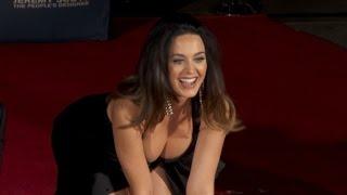 getlinkyoutube.com-Katy Perry Wears Sexy Little Black Dress for Hollywood Handprint Ceremony