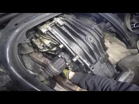 Audi A4 1.8T 2002 (B6) Clutch removal