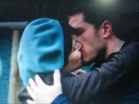 Érase una vez- Mary Margaret y David Nolan se besan. Momentos del capitulo 10