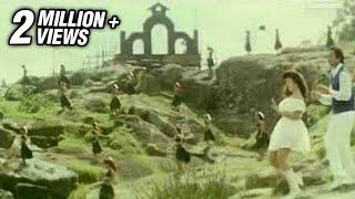 Karthik & Rambha in Chittu Chittu Kuruvikku - Ullathai Allitha