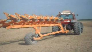 getlinkyoutube.com-160-90 Turbo DT - Agrotron M150 + 8 Vomeri Huard + 7 Vomeri Damblon in Francia