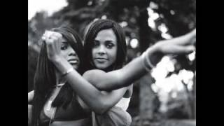 getlinkyoutube.com-Aaliyah Pics