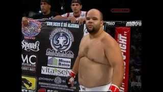 getlinkyoutube.com-Mondragon vs Mamute - A luta peso-pesado do século !!!