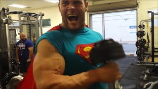 getlinkyoutube.com-Superman at the Gym