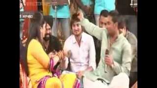 getlinkyoutube.com-ravi pal dholak play by master saleem and richa sharma .....