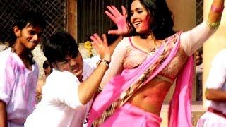 फगुआ में रंग डालेद भितरिया - Pawan Singh   Kajal Raghwani   Kalluji   Tanu Shree - New Hot Holi Song