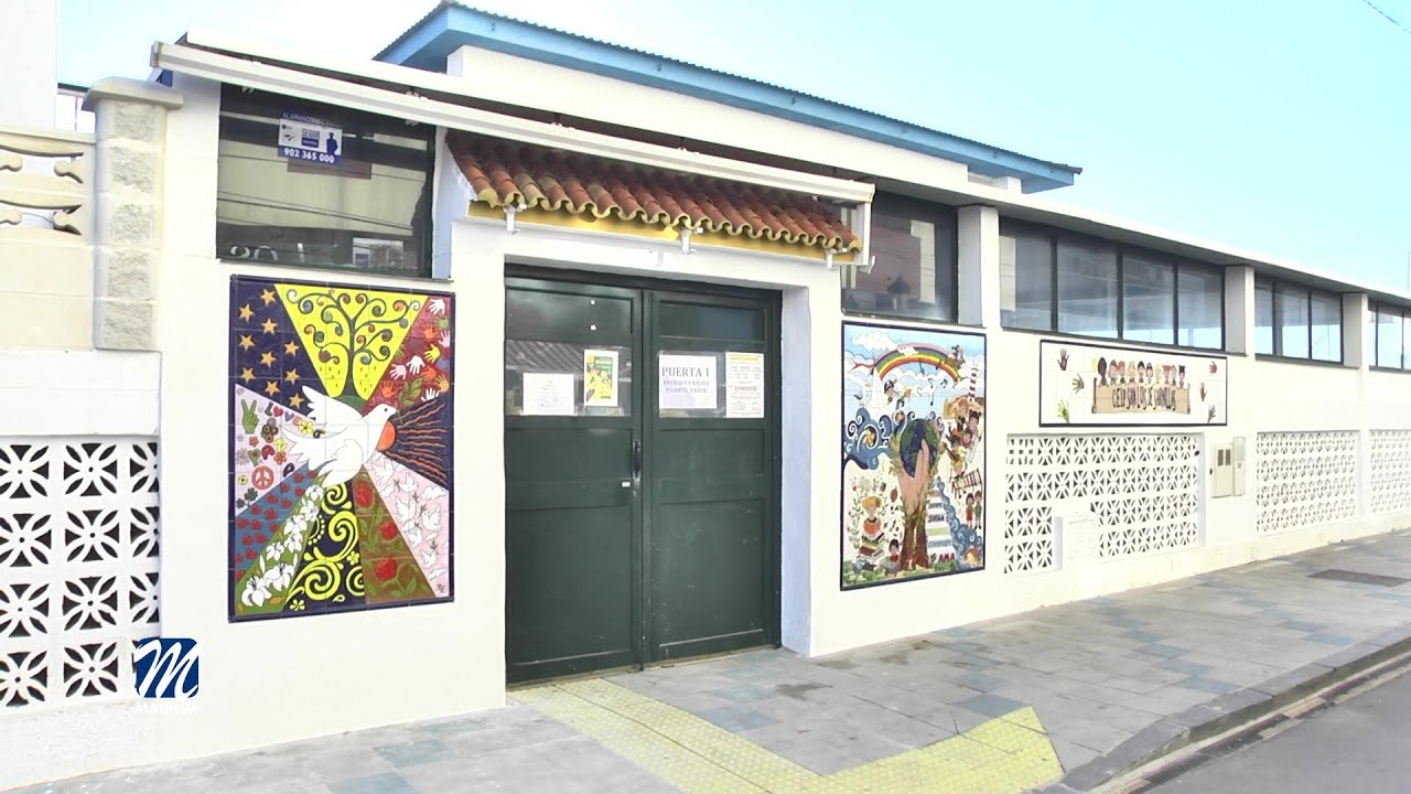 Presentado el mural del Colegio de Sabinillas