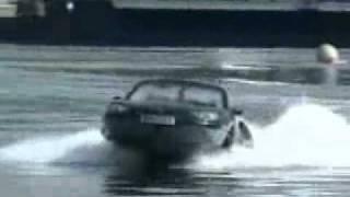 Wodno-lądowy samochód