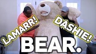 getlinkyoutube.com-WORLD'S LARGEST TEDDY BEAR! [Feat. Dashie]